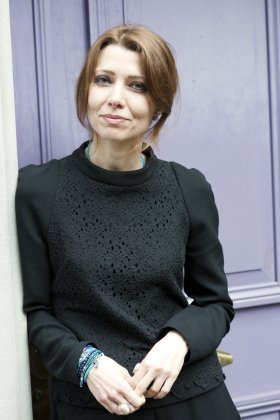 Katharina Lütscher: Elif Shafak - Kein&Aber Publishing